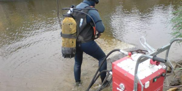underwater concrete cutting